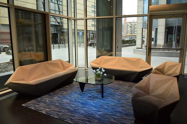 zlota-44-lobby
