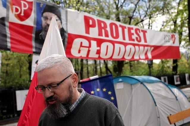 demonstranten-vor-premierministerkanzlei