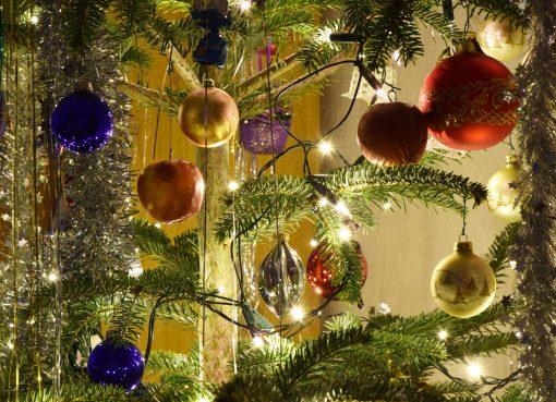 weihnachtsbaum-warschau-polen